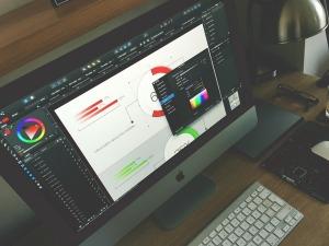 graphic-designer-1288477_960_720